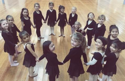 Mini Ballet 2017